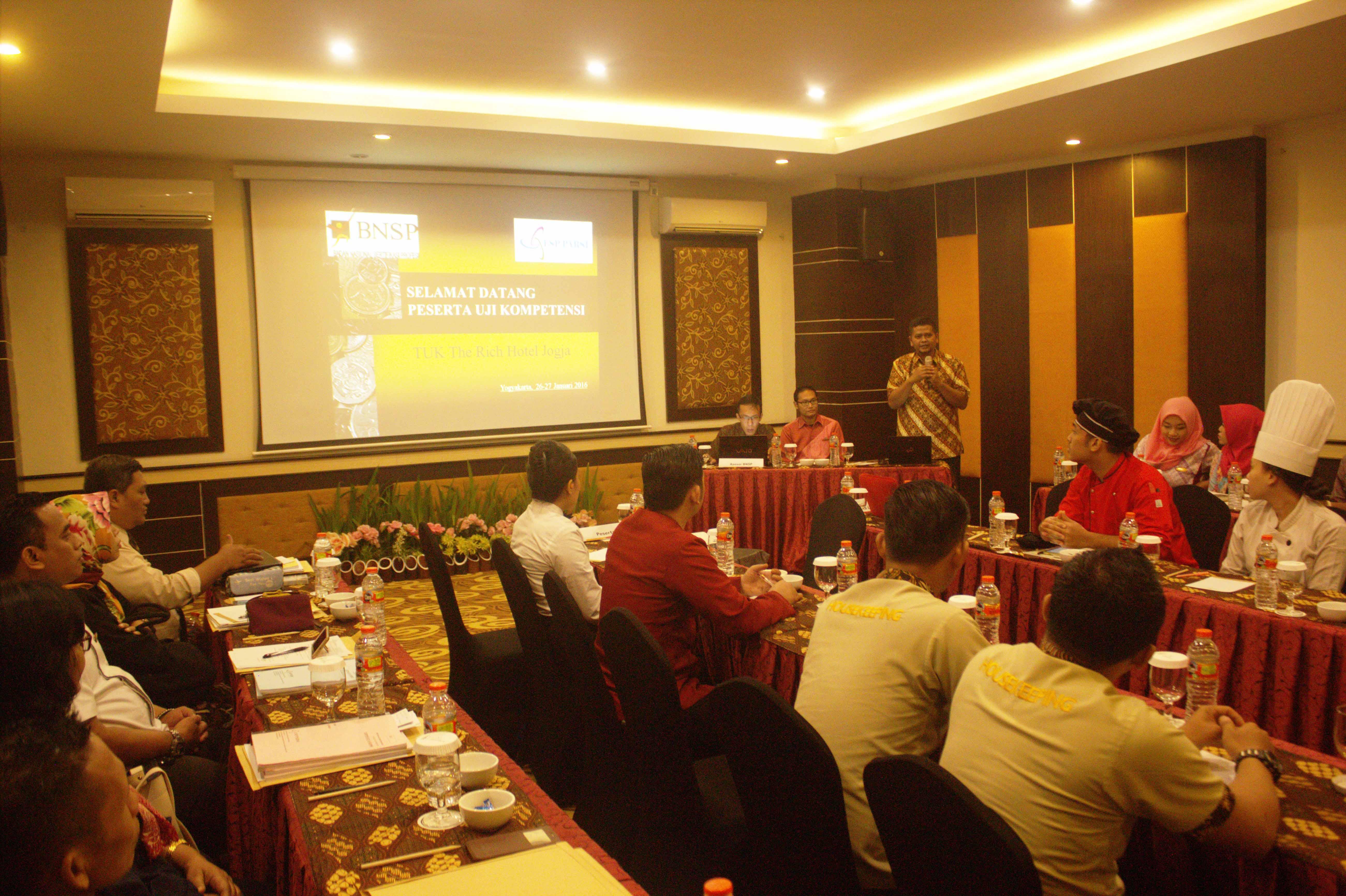 """""""Sambutan pembukaan kegiatan witness dari Lead Asesor BNSP"""""""